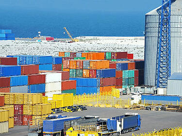 Understanding and Controlling Export Shipping Costs | Shipping Solutions